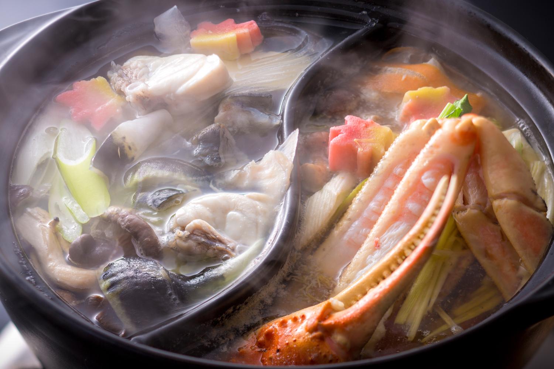 松葉蟹&とらふぐを両方味わい尽くす贅沢食べ比べコース