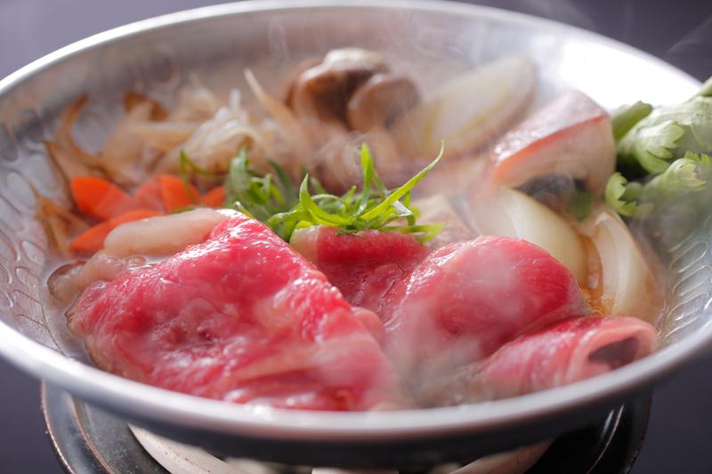 新プラン★奈義ビーフをステーキやすき焼で味わう牛づくし懐石コース&地産地消の朝食ブッフェ付