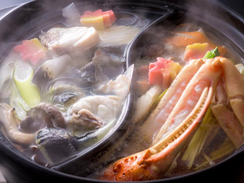 冬の2大味覚王★松葉蟹&とらふぐを両方味わい尽くす贅沢食べ比べコース